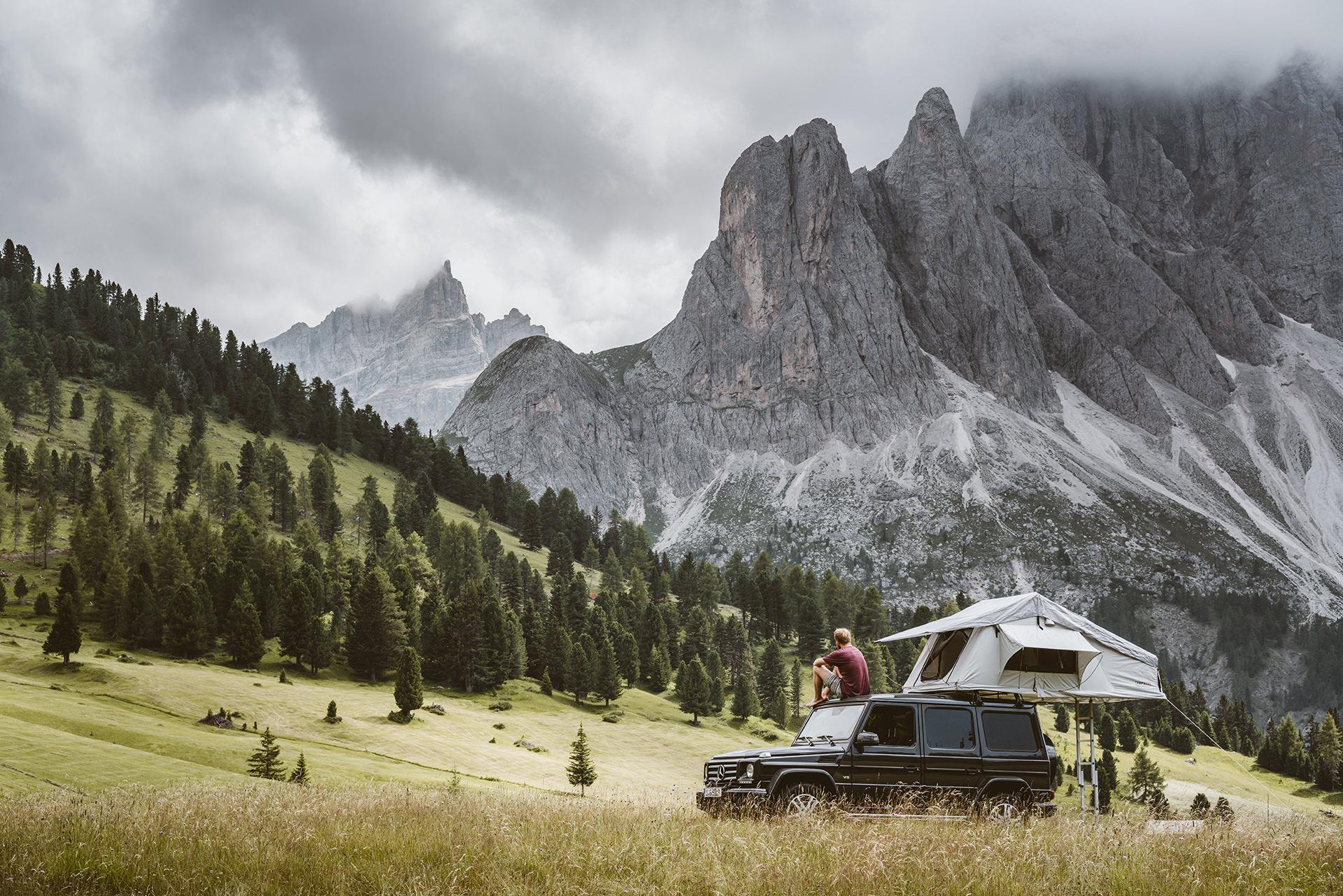 auto-campen-berge-roadtrip