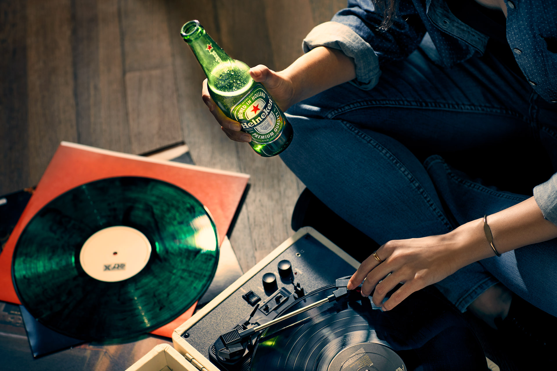 beer-bottle-music-relax-heineken