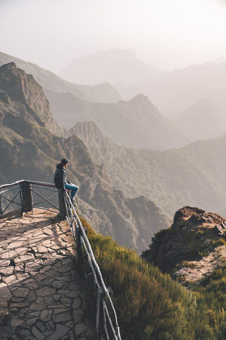 berg-wandern-pause-ausblick