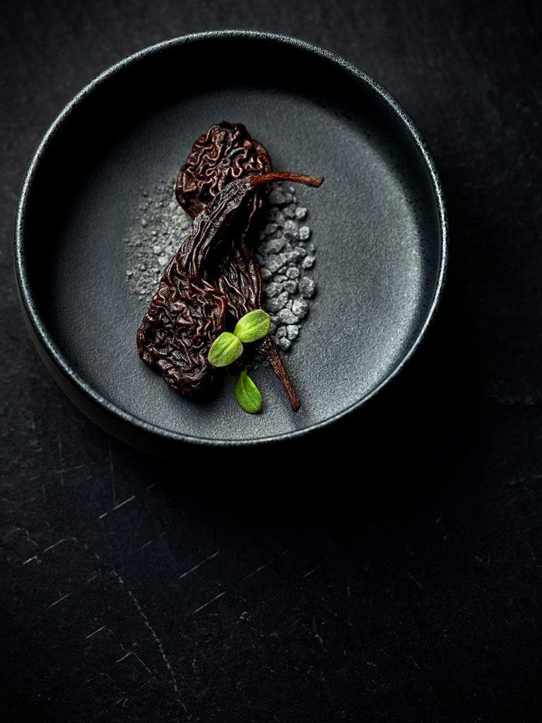 black-food-birne-lakritz