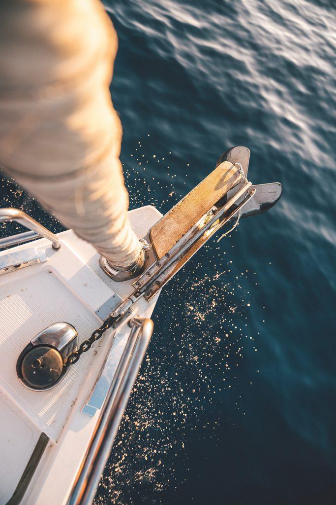 detail-segelboot-mast-topshot