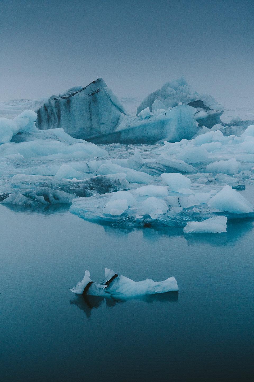 eisberg-blau-ruhe-reisen