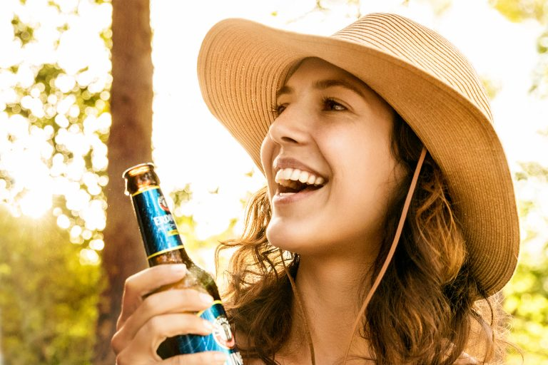 erdinger-alkoholfrei-bier-picknick-park-freude