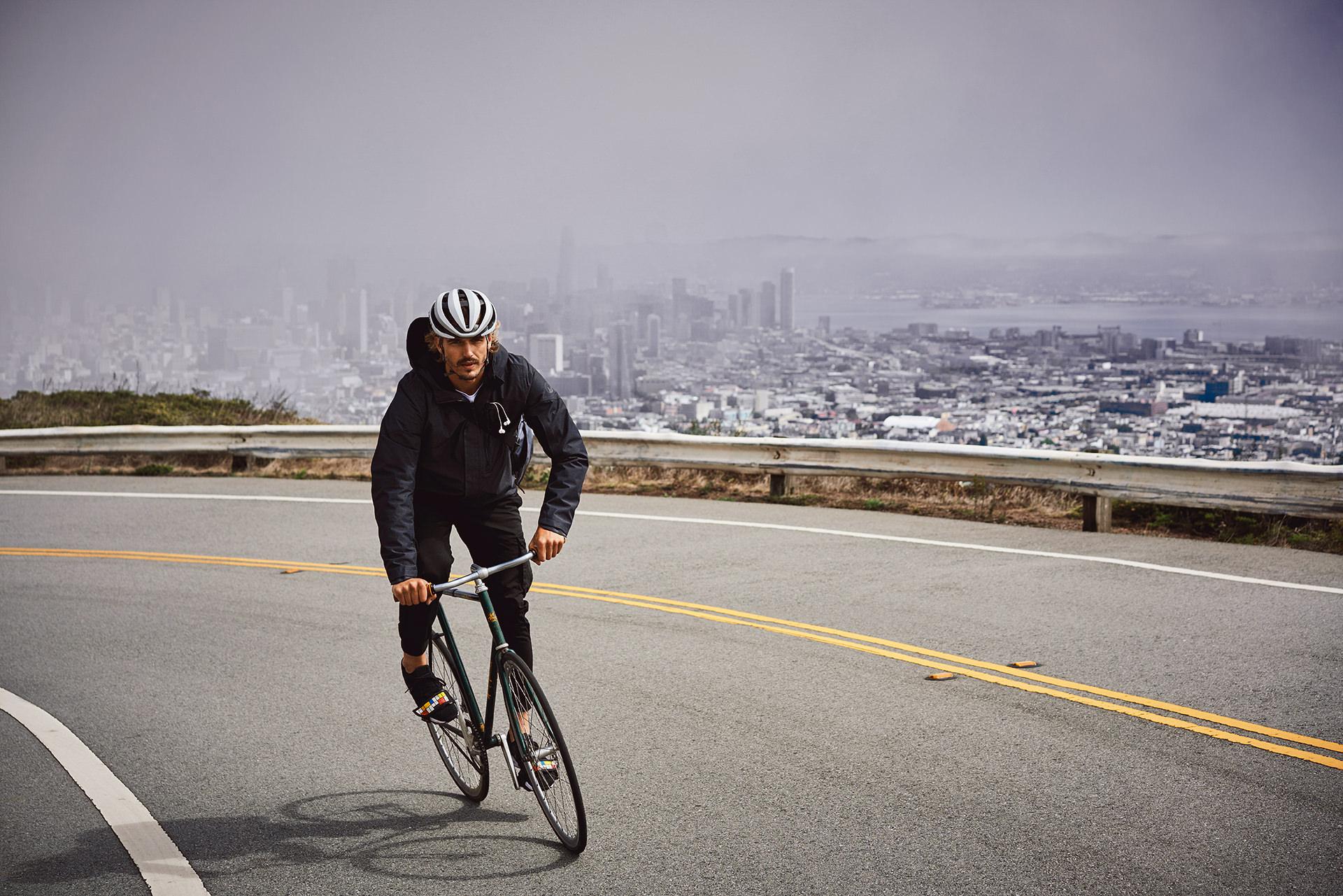 fahrrad-fahren-strasse-teer-rennrad