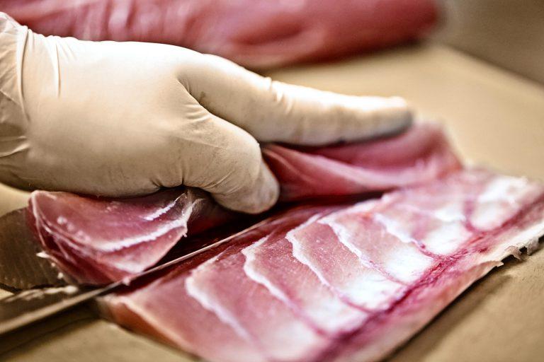 fish-fillet-knife-japanese-kitchen