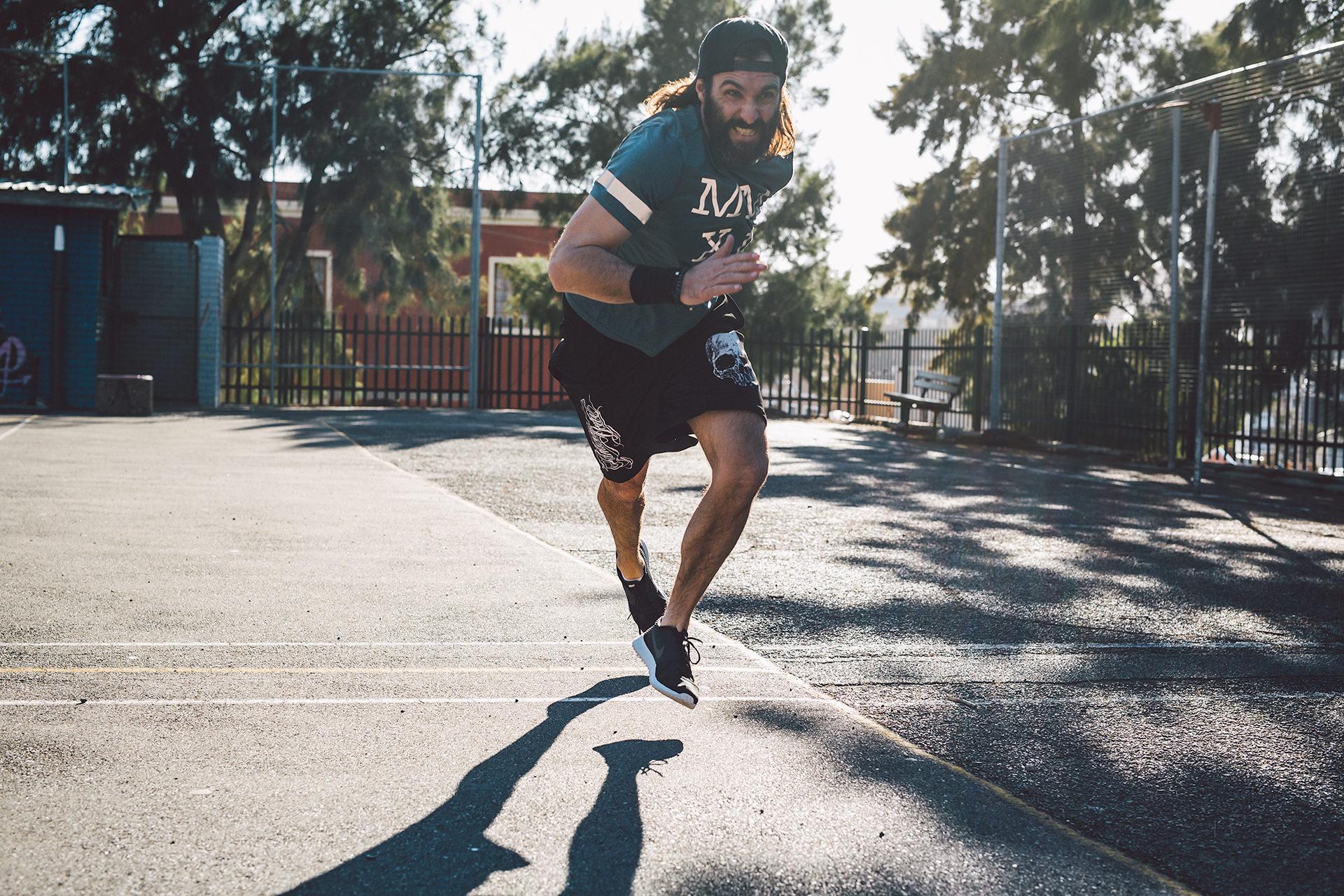 freeletics-sportplatz-sprint-trainieren