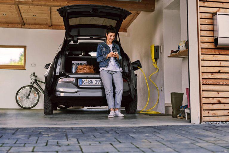 garage-e-auto-tankstelle-laden