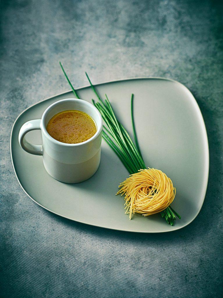 gefluegelbruehe-bruehe-spaghetti-einmachen