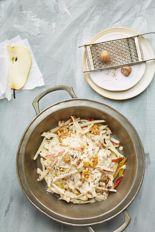 gemuesenudeln-gorgonzola-birne-walnuss-topf