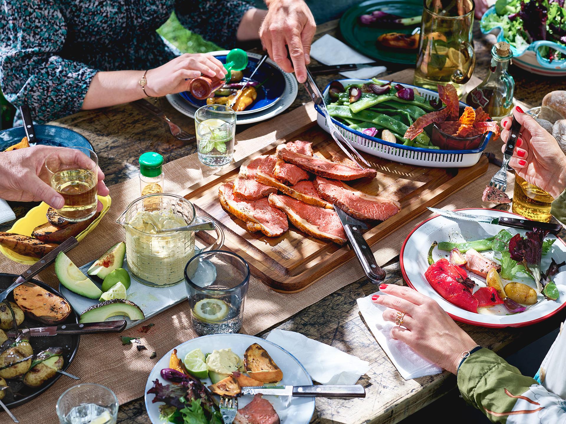 grillen-tisch-food-steak-tramontina