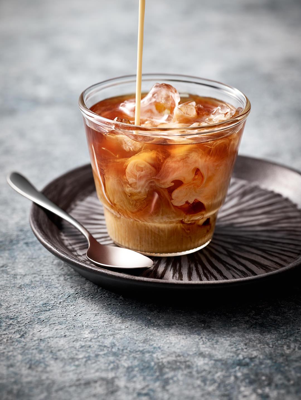 iced-coffee-glas-tasse