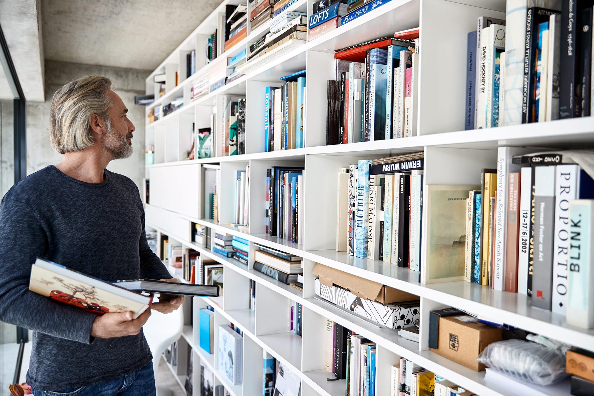 interior-bibliothek-mann-okal-haus