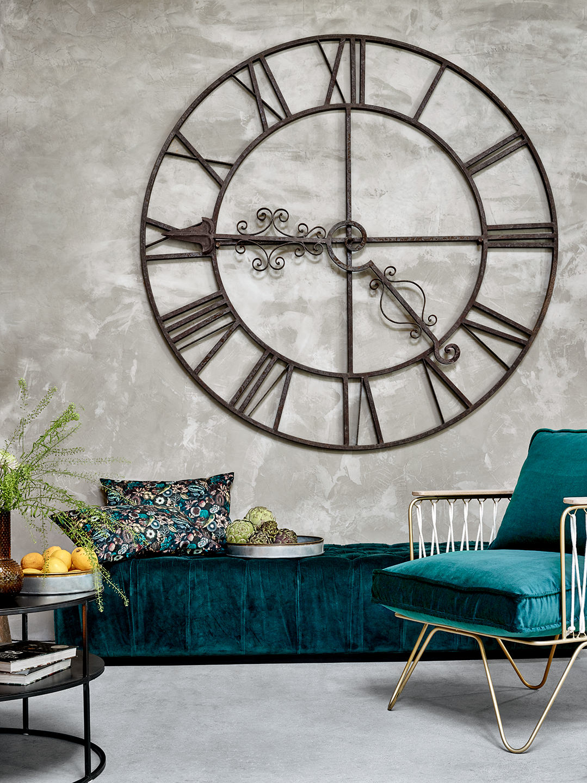 interior-stilllife-wanduhr-stil-design