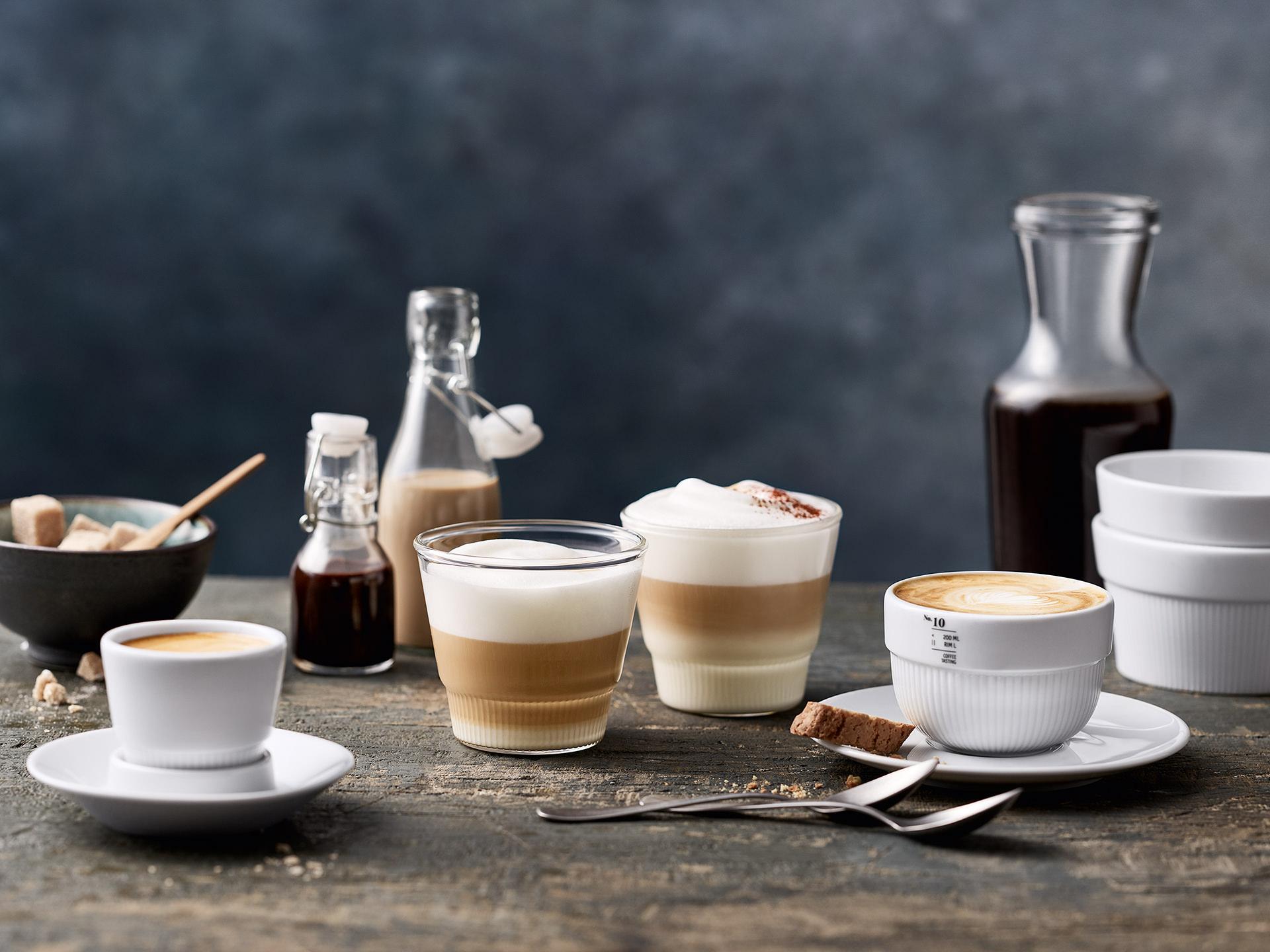 kaffee-variationen-perfekt-tisch