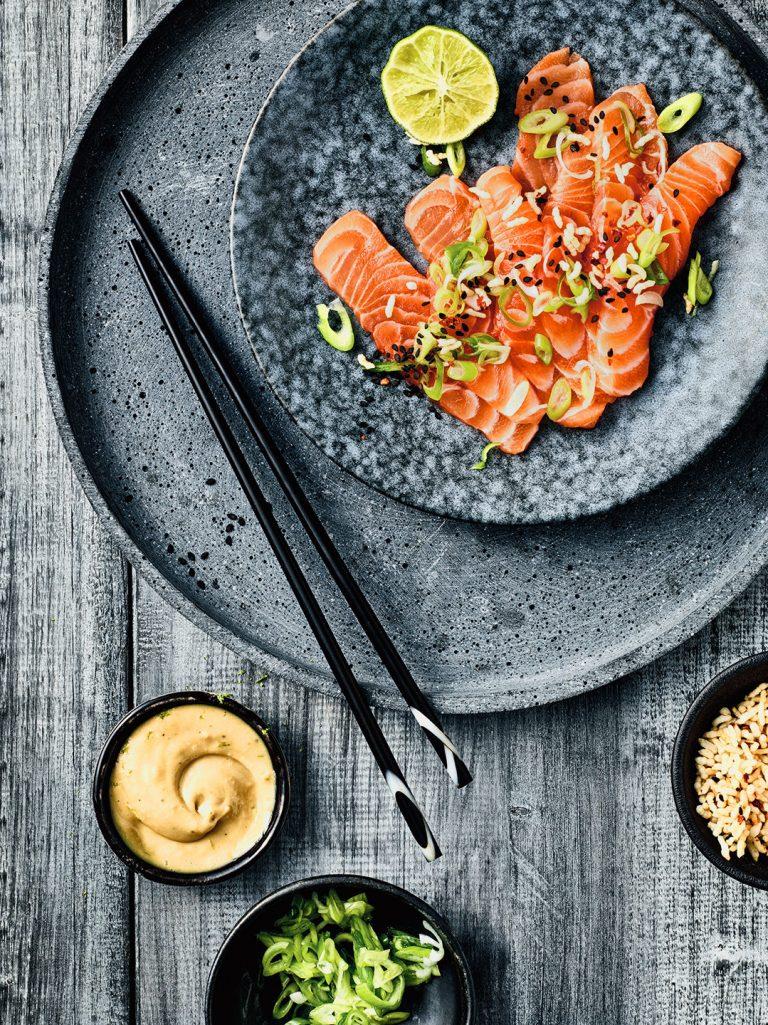 lachs-sashimi-perfekt-asiatisch