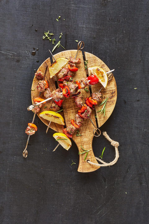 lamm-kebab-roter-pfeffer-zitrone