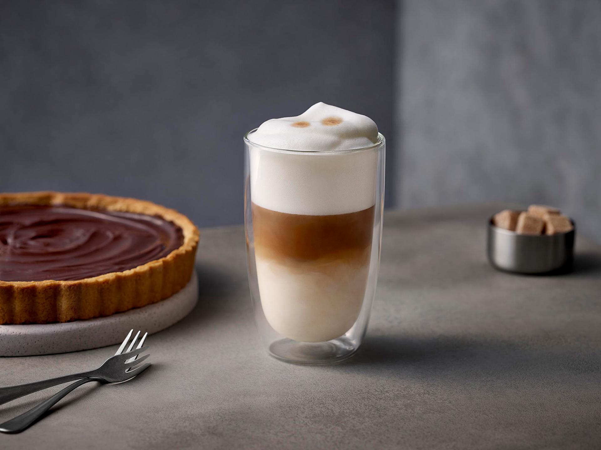 latte-macchiato-glas-milchschaum-siemens