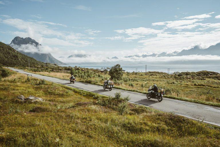motorrad-tour-strasse-sonne-meer