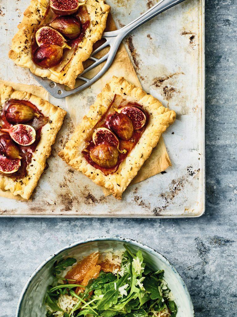 pizza-bacon-honigfeigen-gebacken-salat