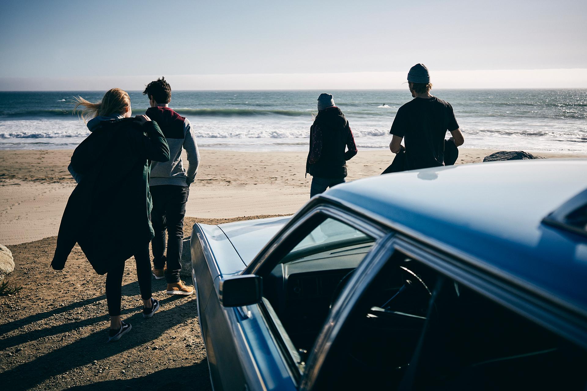 roadtrip-beach-friends-planet-sports
