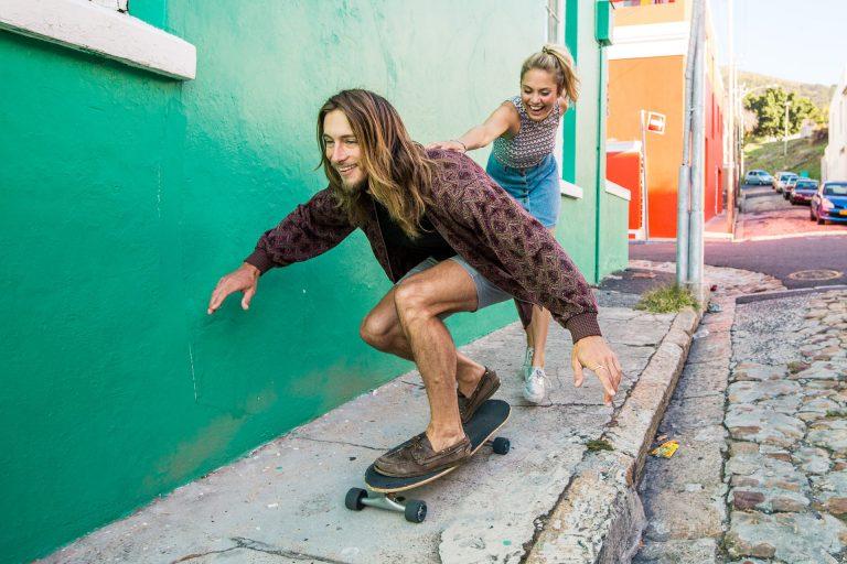 skate-friends-fun-street-colorful