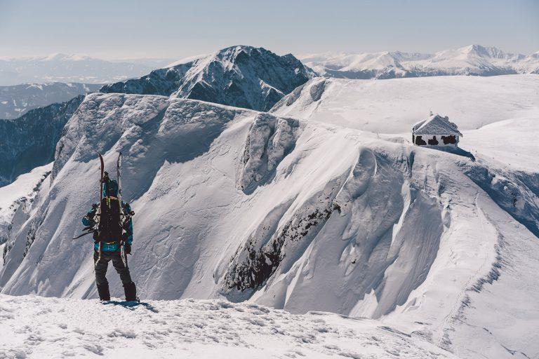 ski-tour-aussicht-sonne-schnee