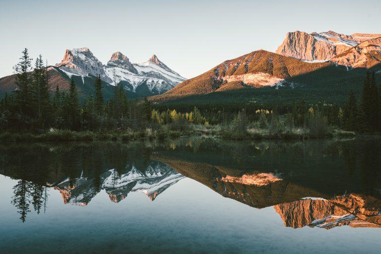 spiegelung-see-berge-stimmung-klar
