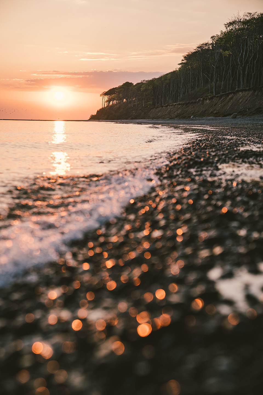 strand-steine-sonnenuntergang