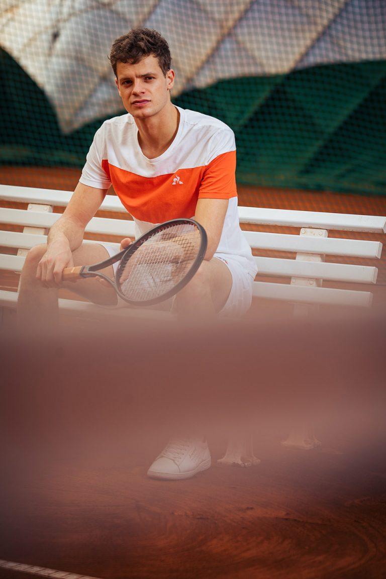tennis-bank-schlaeger-yaynnik-hanfmann