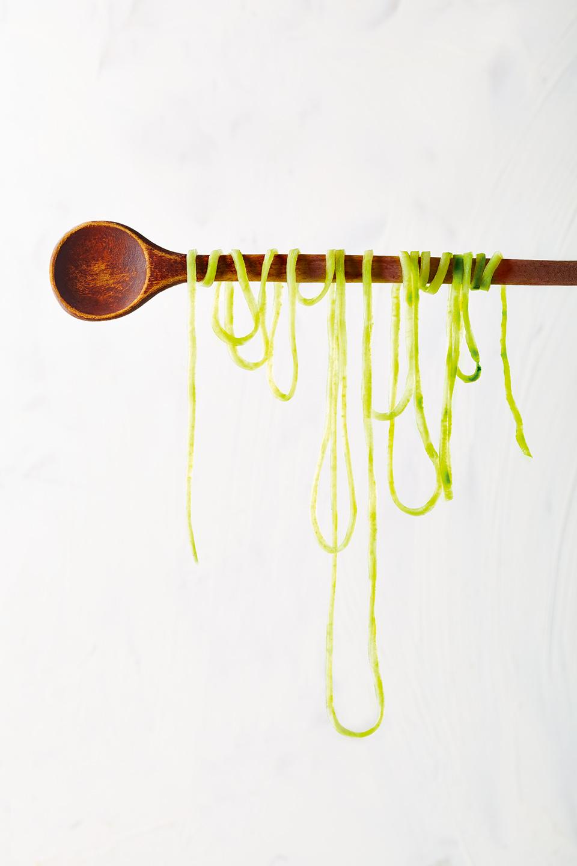 zoodle-kochloeffel-lang-zucchininudeln-kreativ
