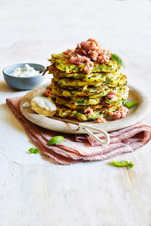 zucchini-kartoffelpuffer-krabben-teller