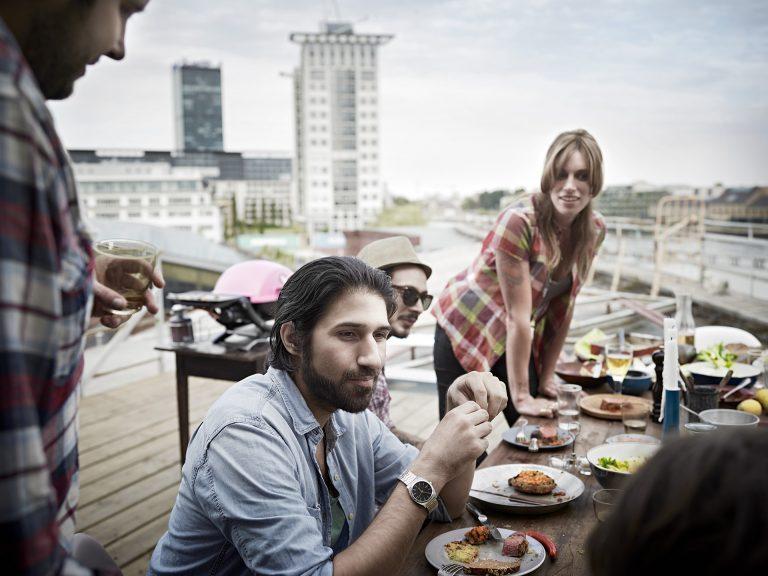 dachterrasse-berlin-grillszene-weber