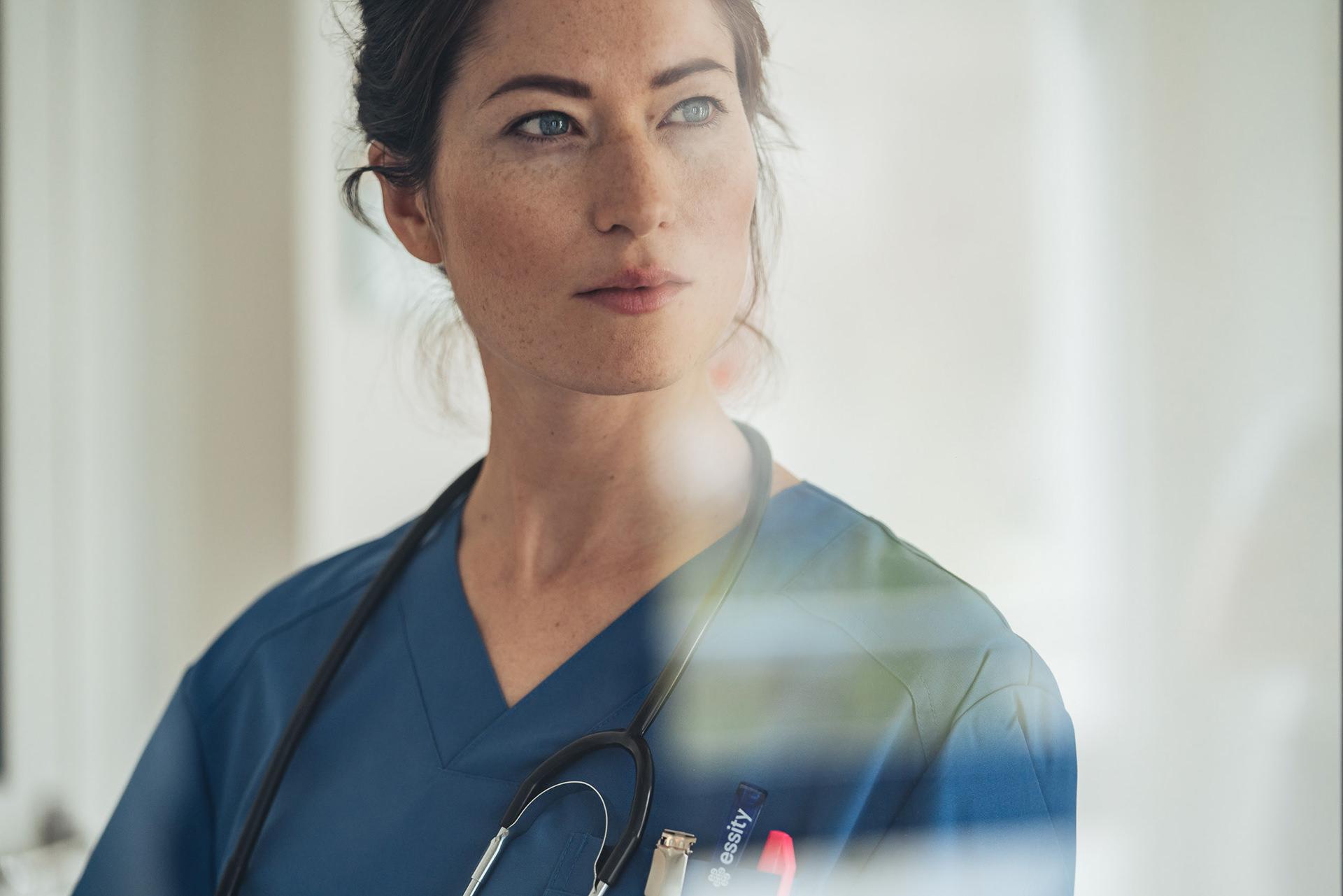 krankenschwester-portrait-krankenhaus-medizin