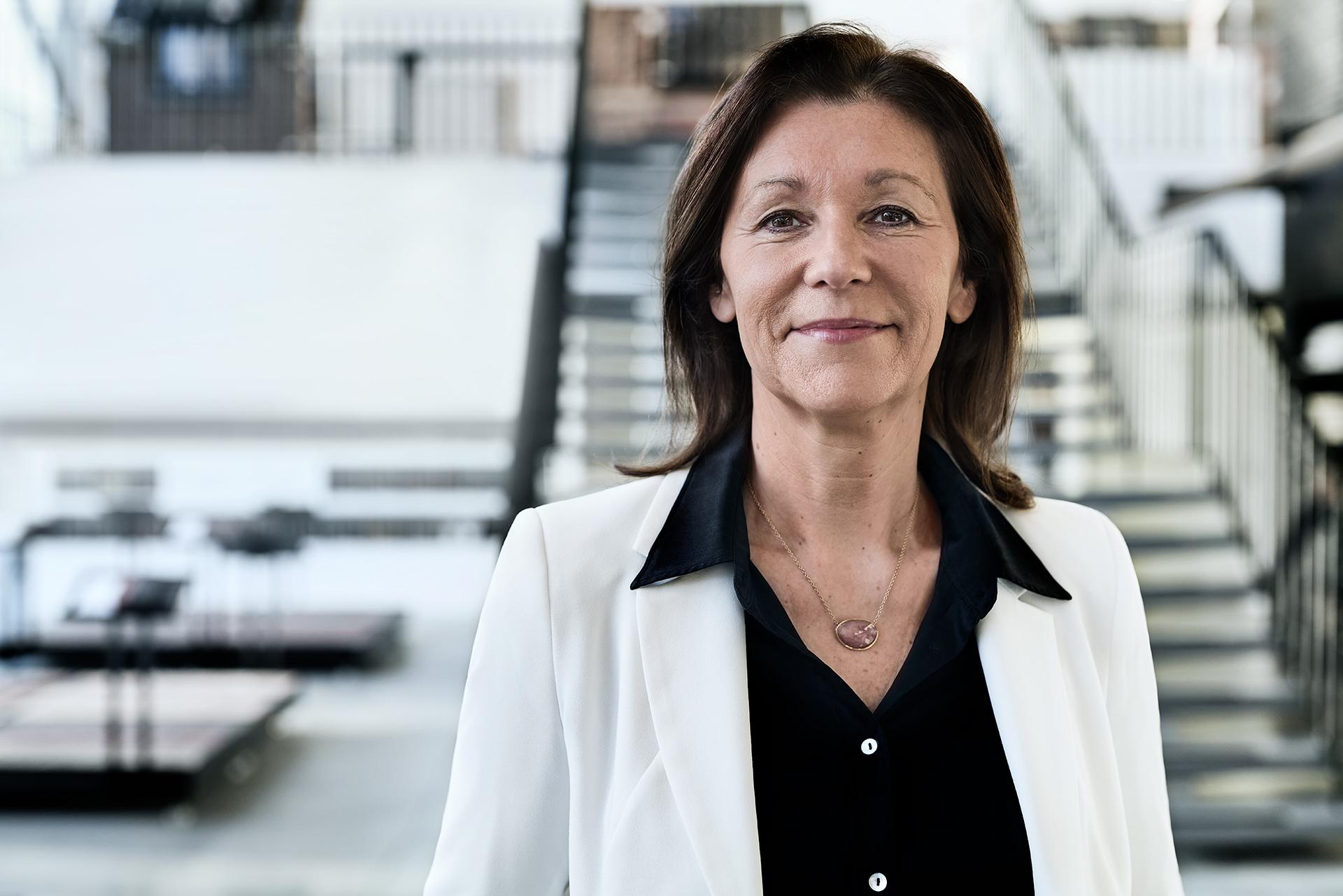 portrait-corporate-marketing-managerin-wienerberger