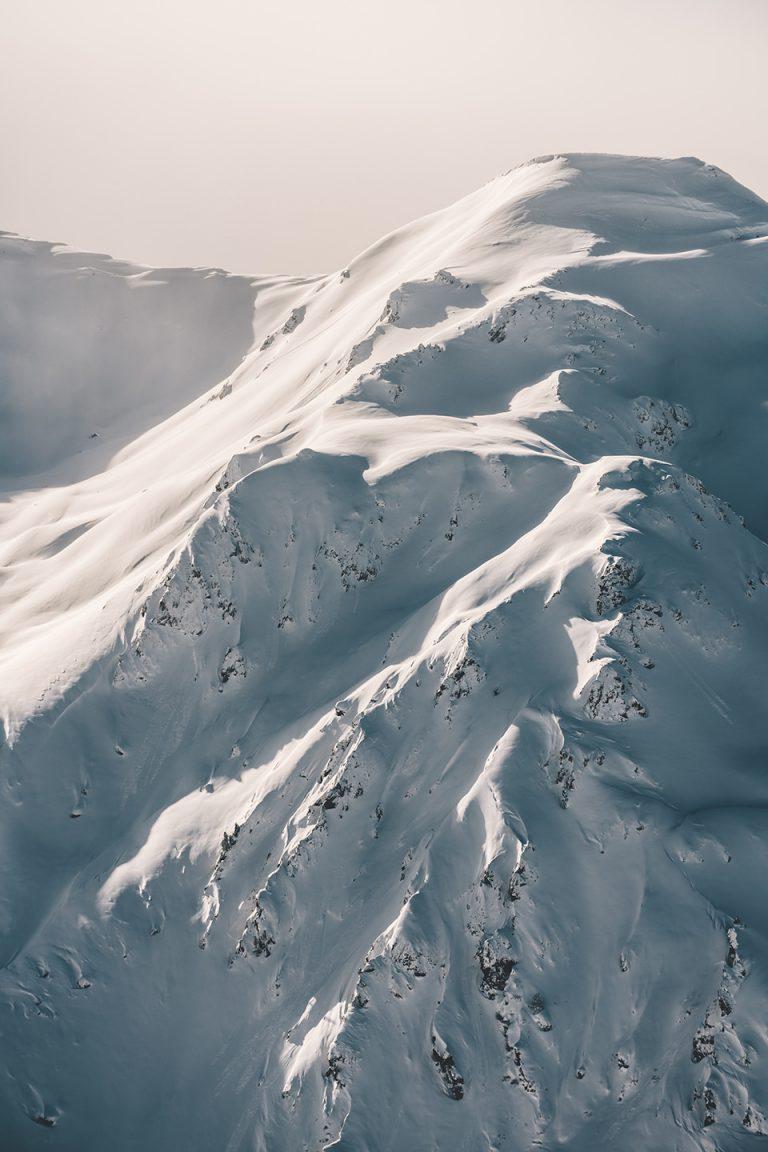 schnee-berggipfel-weiss-winter