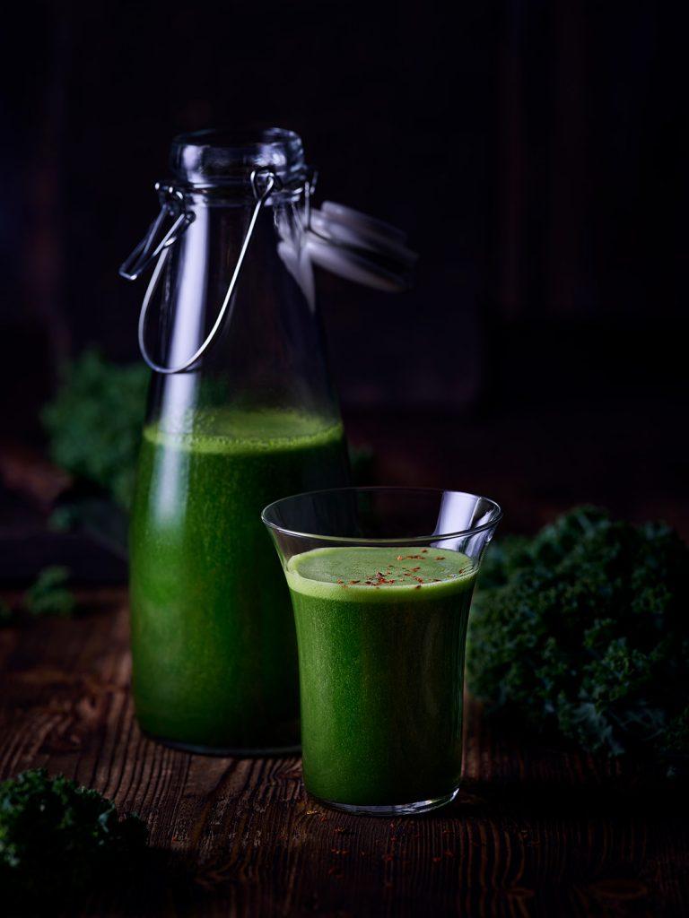 smoothie-gruenkohl-gesund-gruen
