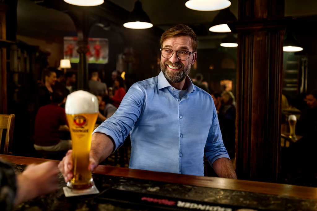 bar-bieruebergabe