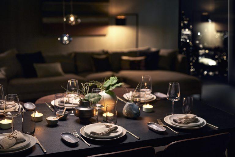 siemens-esstisch-angerichtet-modern-living-interior-design